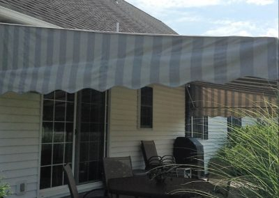 02 Residential Awnings Side View