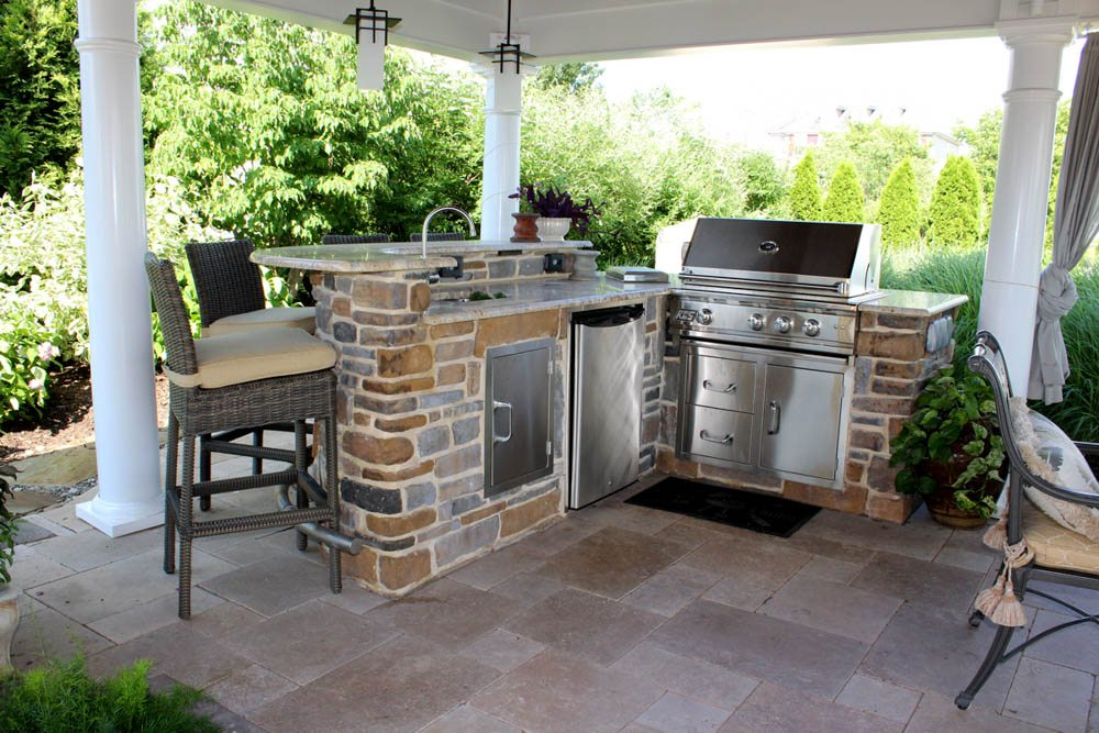 Outdoor Kitchen Construction - New Castle Lawn and Landscape